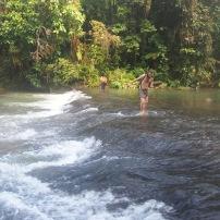 Pasando por al rio